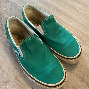 Vans off the wall, green slip ons size 7